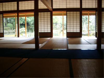和室と縁側。もうね、わびさびの世界ですね。