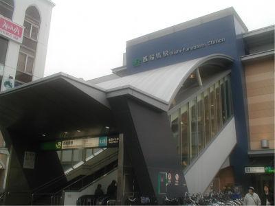 駅はでかくても、駅前がそれほど発展してないんだよな。まあ、総武線快速も止まらないし、京成も各駅しか泊まらない駅だから仕方ないか。ってか、武蔵野線の止まる駅って微妙なところが多すぎ