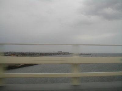 こういう写真がないと、海の上を走っている感覚を味わうことができないんだよね。